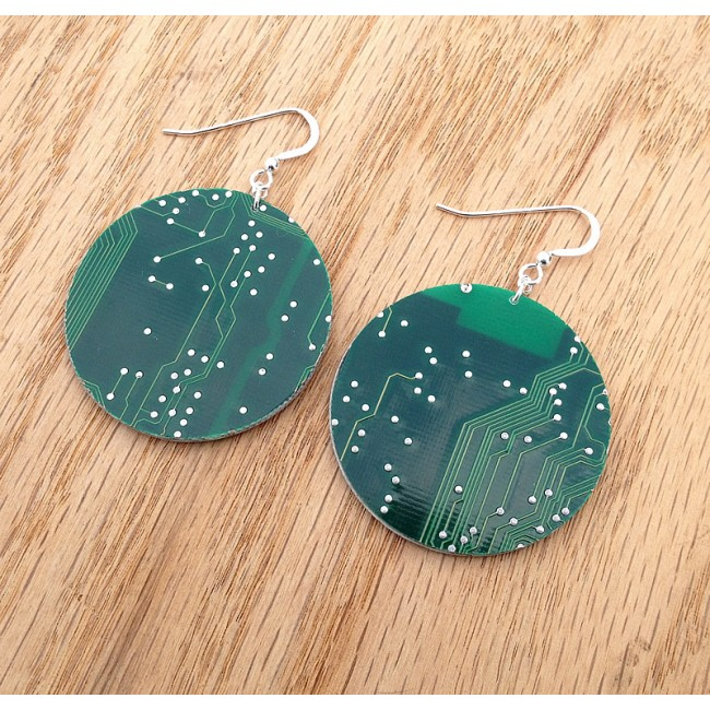 green_disc_earrings_2